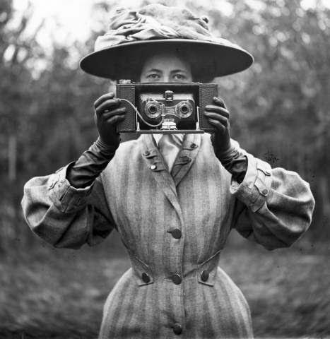 Stereoscopic camera - 1890s circa